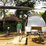 A lăsat mașina acasă pentru a construi un elicopter personal